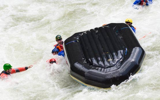 Whitewater Raft Flipped Many Swimmers